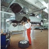 [TOP LIFT 2.35 TS]  Nussbaum (Германия) Подъемник двухплунжерный г/п 3500 кг., с короткими платформами